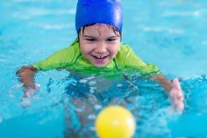 child afraid of water swimming tips swim stars